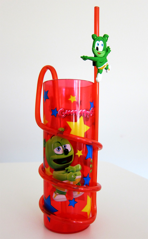 Gummibär Cup With Crazy Straw