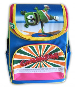 hard_case_backpack_on_white_6001