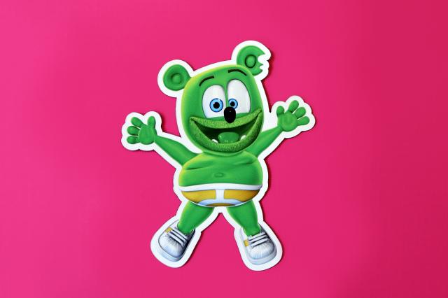 gummy bear song gummibar gummibär magnet gummybear international youtube youtuber cartoon animated web series kids childrens music